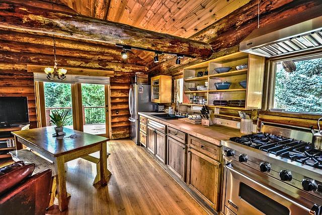 kuchyň ve srubu