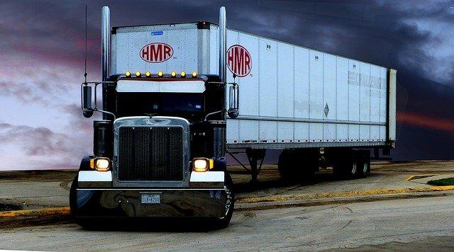 stojící kamion